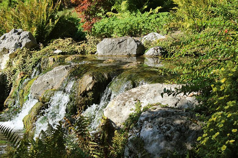 Wien-Setagaya-Park-Wasserfall